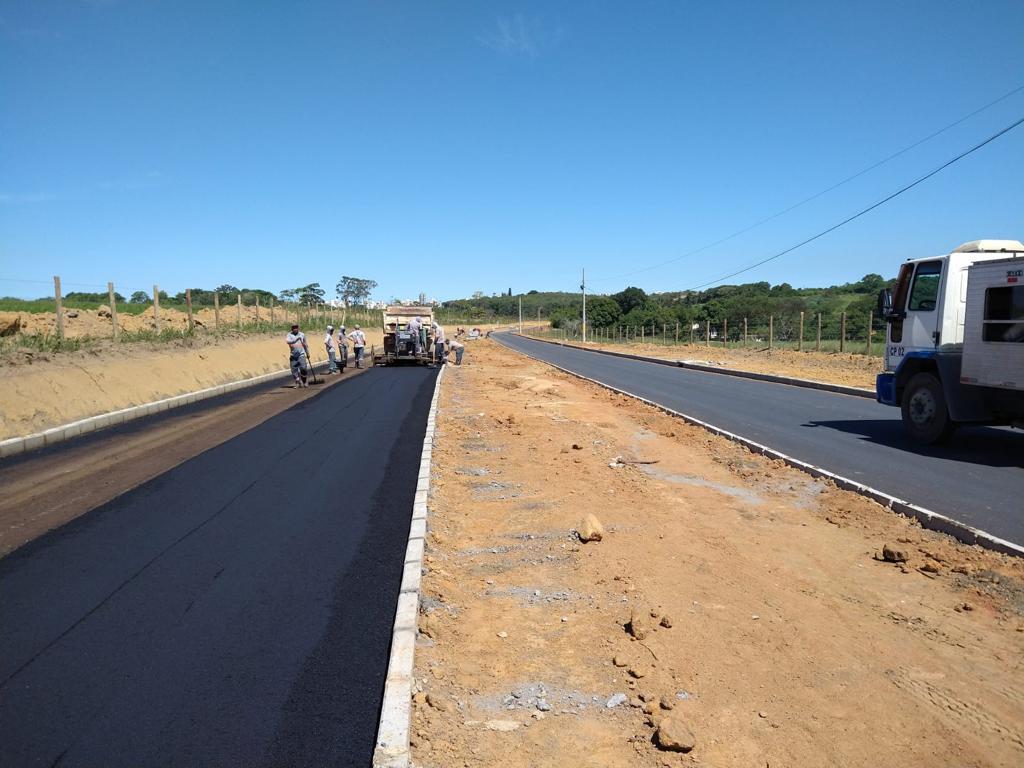 Obra de pavimentação da estrada de Tartaruga já estão está em fase de asfaltamento